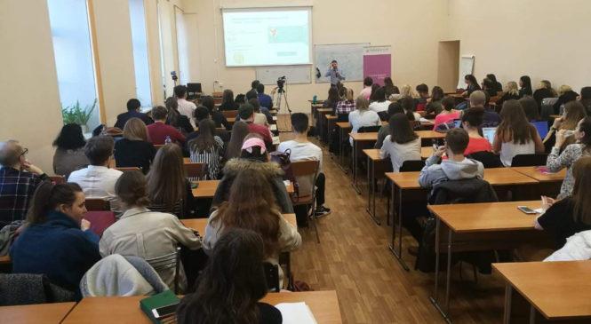 Как эффективно встроить SMM в комплексный digital-маркетинг для ИТ-компании — выступление «Школе IT-маркетолога» в ИТМО (Санкт-Петербург)